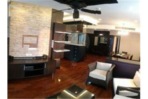 RE/MAX Properties Agency's FOR RENT Voque Sukhumvit 16 1BED 40SQM. 1