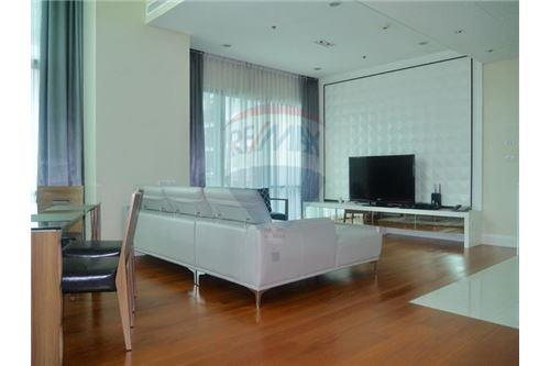 RE/MAX Properties Agency's Sale 3beds Duplex @Bright Sukhumvit 24 3