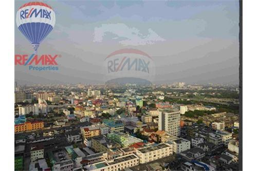 RE/MAX Properties Agency's FOR SALE The Bloom Sukhumvit 71 2BED 88SQM 5