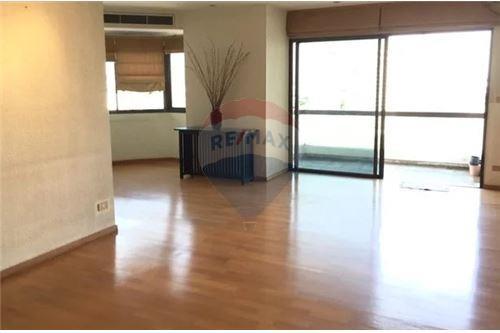 RE/MAX Executive Homes Agency's Spacious 2 Bedroom for Sale Salinatara Condo 1