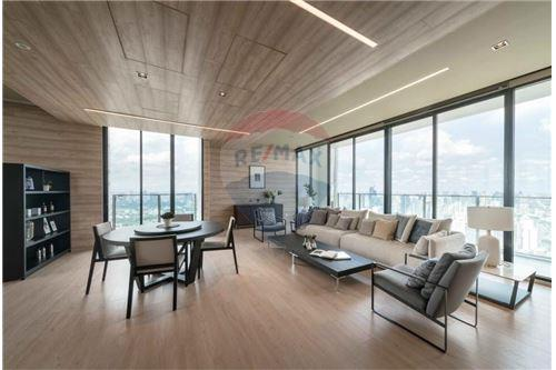 RE/MAX Properties Agency's 1 bed for rent 27,000 at Park 24 8
