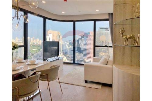 RE/MAX Properties Agency's RENT Condo Ashton Chula-Silom 2BED 55SQM. 2