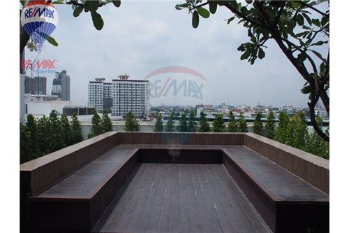 RE/MAX Properties Agency's FOR RENT BANGKOK FELIZ SUKHUMVIT 69 30 SQM STUDIO 7
