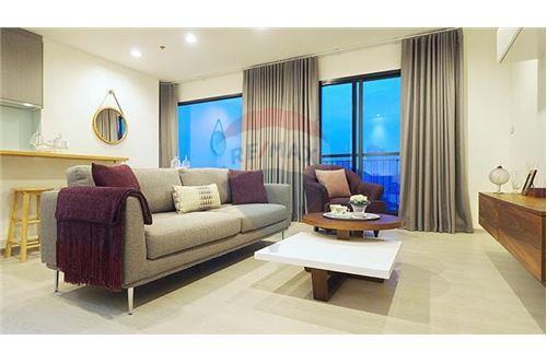 RE/MAX Properties Agency's Rhythm Sukhumvit 36-38 2 BED 88 Sqm. 1