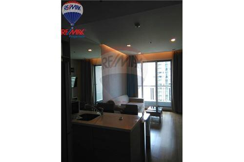 RE/MAX Properties Agency's RENT 1 Bedroom 45 Sq.m at The Address Asoke 8