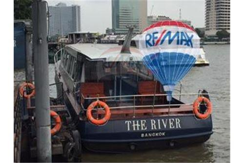 RE/MAX Properties Agency's FOR SALE  THE RIVER    2 BED 78SQM 44