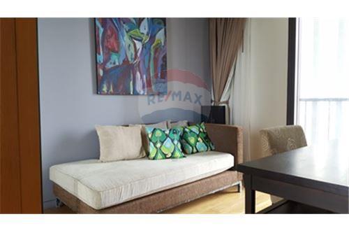 RE/MAX Properties Agency's RENT The Met 3BED 194.18SQM. 10