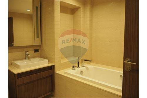 RE/MAX Properties Agency's RENT The Hudson Sathorn 2BED 88.75SQM. 15