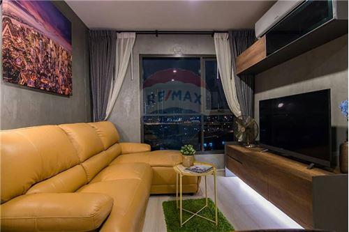 RE/MAX Executive Homes Agency's Life Sukhumvit 48 brand new condos for sale/rent 8
