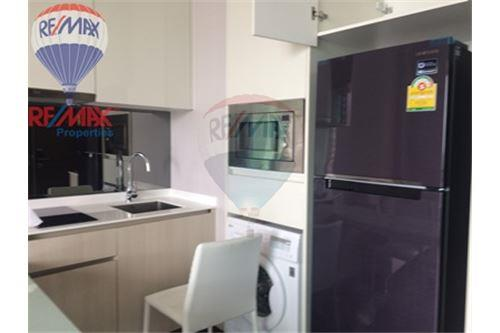 RE/MAX Properties Agency's FOR RENT Q Asoke 1BED 45SQM. 3