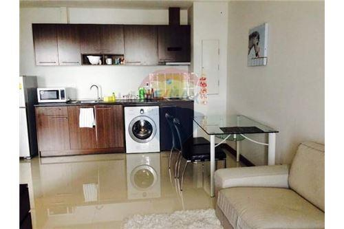 RE/MAX Properties Agency's for rent 1bedroom Vista Garden 9