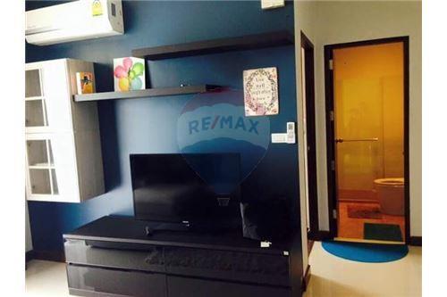 RE/MAX Properties Agency's for rent 1bedroom Vista Garden 3
