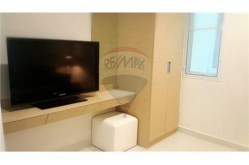 RE/MAX Properties Agency's UR thonglor soi 13 - condo for rent 5