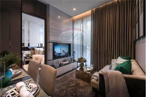 RE/MAX Properties Agency's Sale 1bed high floor Ashton Asoke 1
