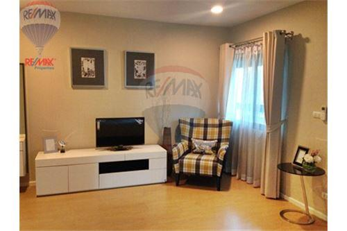 RE/MAX Properties Agency's FOR SALE RENOVA RESIDENCE CHIDLOM  2BED 105SQM 23