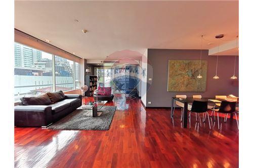 RE/MAX Properties Agency's For Sale Wilshire Condominium 2 Bedroom 1