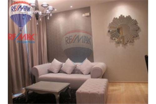 RE/MAX Properties Agency's FOR RENT Silom Grand Terrace 2BED 90SQM. 2