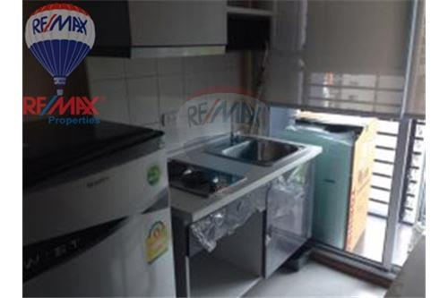 RE/MAX Properties Agency's FOR RENT Silom Grand Terrace 2BED 90SQM. 9