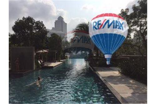 RE/MAX Properties Agency's FOR SALE  THE RIVER    2 BED 78SQM 21