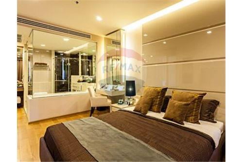 RE/MAX Executive Homes Agency's Beautiful 1 Bedroom for Rent Address Sathorn 2