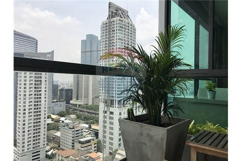 RE/MAX Executive Homes Agency's The Address Sathorn sale/rent 5