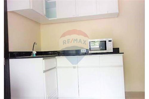 RE/MAX Executive Homes Agency's Lowrise Apartment for rent  2bed in sukhumvit 3