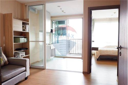 RE/MAX Properties Agency's 1 BED FOR SALE @ The Base Sukhumvit 77 2