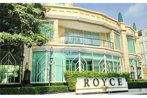 RE/MAX Executive Homes Agency's Lovely 3 Bedroom for Sale Royce Residences 5