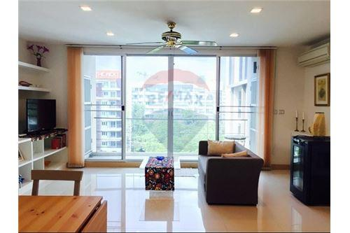 RE/MAX Executive Homes Agency's Tree Condo 52 Two-Bed full furnished for rent (BTS 1