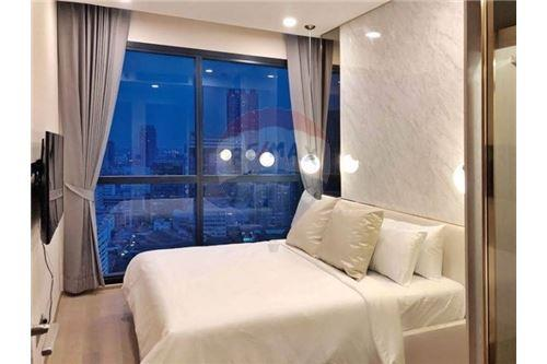 RE/MAX Properties Agency's RENT Condo Ashton Chula-Silom 2BED 55SQM. 4