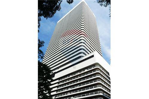 RE/MAX Properties Agency's RENT Ocean Tower 2 35.5SQM. (OFFICE SPACES) 5