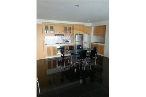RE/MAX Executive Homes Agency's Cozy 3 Bedroom for Rent Diamond Tower 4