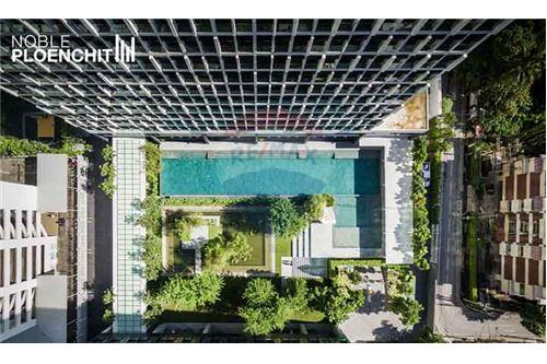 RE/MAX Properties Agency's 1Bed/48Sqm/13,500,000/@BTS Ploenchit 13