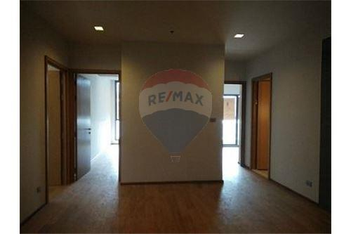 RE/MAX Executive Homes Agency's Spacious 3 Bedroom for Sale Hyde 13 3