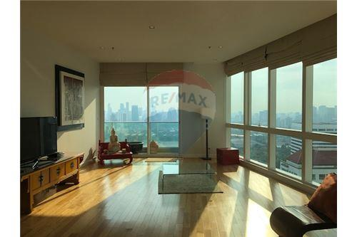 RE/MAX Properties Agency's RENT Millennium Residence 3BED 193SQM. 1