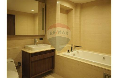 RE/MAX Properties Agency's RENT The Hudson Sathorn 2BED 88.75SQM. 16
