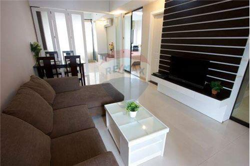 RE/MAX Executive Homes Agency's Spacious 1 Bedroom for Rent Supalai Premier Place 2