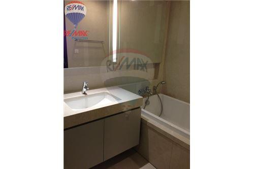 RE/MAX Properties Agency's FOR RENT Quattro by Sansiri 1BED 53SQM. 7