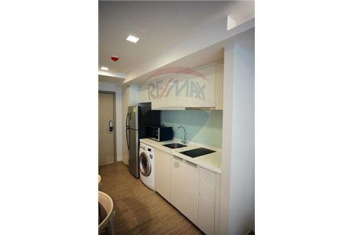 RE/MAX Properties Agency's 1 Bed for rent at Liv@49 12