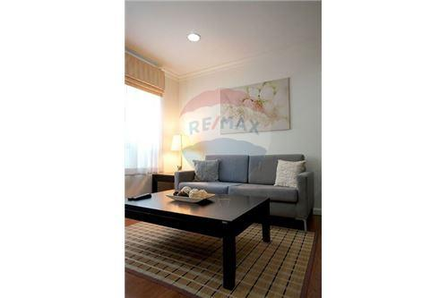 RE/MAX Executive Homes Agency's Lovely 2 Bedroom for Rent Lumphini Suite 41 1