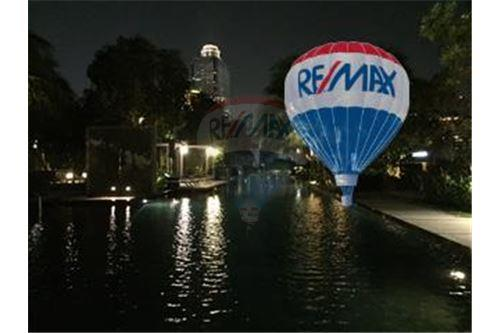 RE/MAX Properties Agency's FOR SALE  THE RIVER    2 BED 78SQM 16