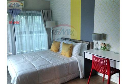 RE/MAX Properties Agency's FOR SALE RENOVA RESIDENCE CHIDLOM  2BED 105SQM 8