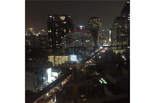 RE/MAX Executive Homes Agency's AEQUA Residence Sukhumvit 49 / 1 Bed / For Sale 4