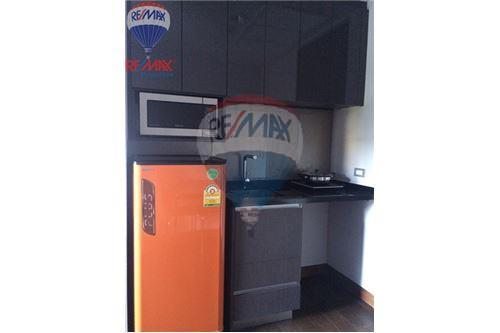 RE/MAX Properties Agency's FOR SALE & RENT The Lumpini 24 1BED 28SQM. 7