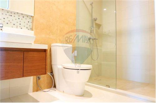 RE/MAX Executive Homes Agency's 2 BEDROOM FOR RENT BRIGHT SUKHUMVIT 24. 10
