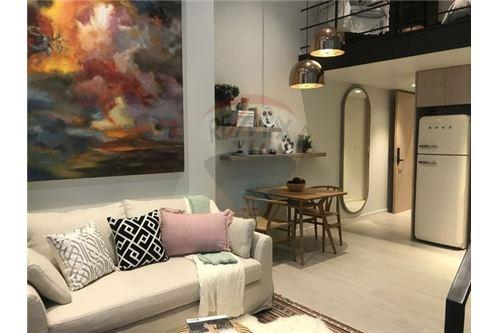 RE/MAX Executive Homes Agency's Off Plan 1 Bedroom for Sale Lofts Silom 2
