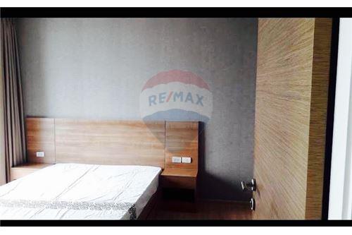 RE/MAX Executive Homes Agency's Rhythm Phahol-Ari sale/rent 3