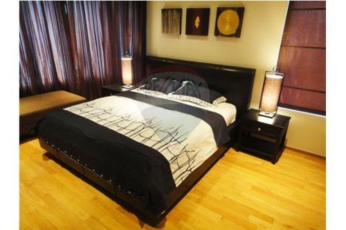 RE/MAX Executive Homes Agency's The Emporio Place / 2 Bedrooms / For Rent 2