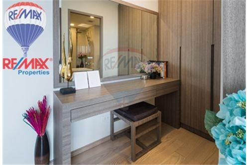 RE/MAX Properties Agency's FOR RENT Art @ Thonglor 25 2BED 130SQM. 8