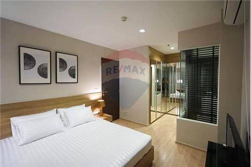 RE/MAX Executive Homes Agency's Rhythm Sathorn for rent 5